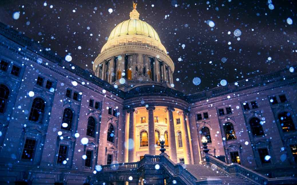usa-madison-wisconsin-capitol-snowflakes-wide