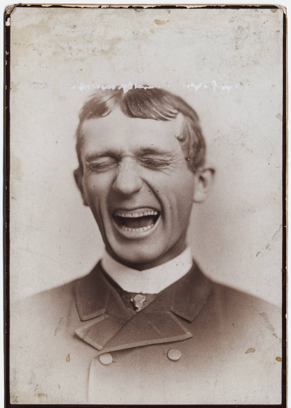 Photograph of Nathan Salsbury with eyes closed: Salsbury' s Troubadours. Place of origin Chicago Publisher n.p. Date undated Physical Description 1 photographic card. b&w 16 x 10 cm.